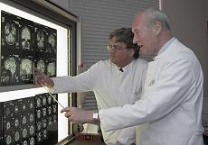 Professoren Hartung & Boege (links)